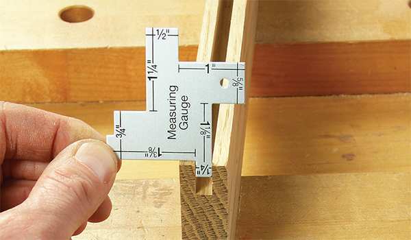 Handy Quilter's Tool Checks Dimensions