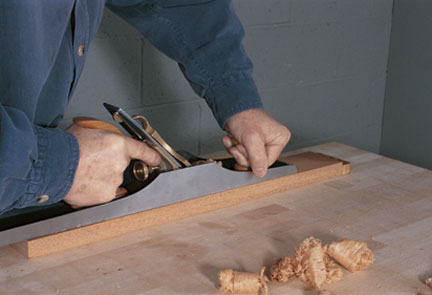 How to Use a Hand Plane: Grip, Stance and Motion