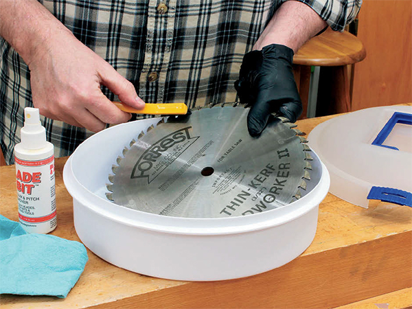 Cleaning Blades Is Easy as Pie
