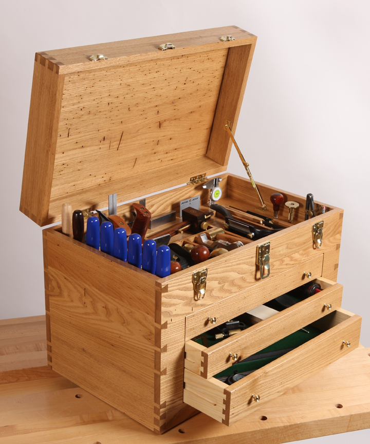 Wood Tool Chest ~ Fingers crossed for chestnut revival woodworking