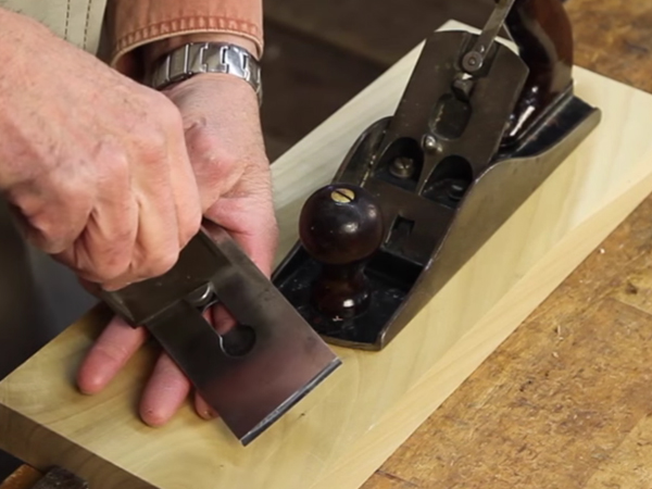 VIDEO: Assembling and Adjusting Hand Planes