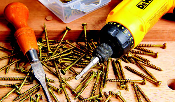What kind of screws for wood? Choosing the best wood screw for projects